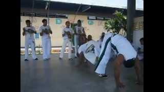 preview picture of video 'Mestrando Télion X Mestre Galo.( 26/08/12_Rio Preto da Eva - AM)'
