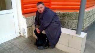 Сумасшедшая бабка Олька посылает на х... и к Емельяновой) прикол)
