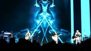 Dixie Chicks - Favorite Year - Live @ O2 London, HD, DCX MMXVI World Tour 01/05/2016, 1st May 2016