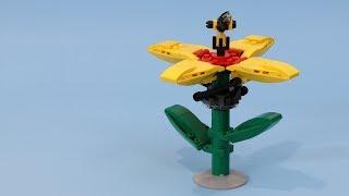 Mechanical LEGO Flower