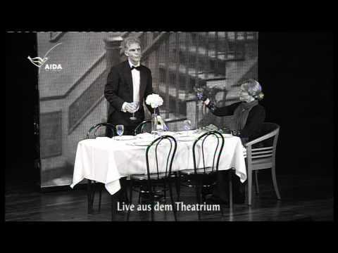 Dinner For One - Axel Becker und Mareile Schlüter 2010 auf AIDA luna - Admiral Jacke bis Stuhl.mpg
