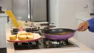 Tu cocina - Pulpos en aceite de chile de árbol sobre baguette rústico