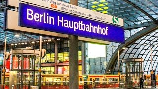 A Day In The Life Of The Berlin Hauptbahnhof