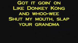 Trace Adkins - Honky Tonk Badonkadonk (with lyrics)