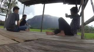 preview picture of video 'HOLIDAY WITH FRIEND!Batu bukit kelam sintang'