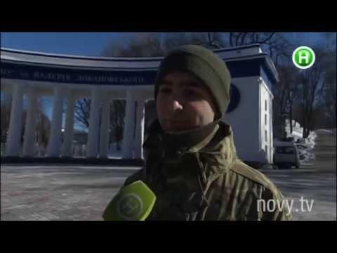 Год назад они стояли на Майдане по разные стороны баррикад - Абзац! - 20.02.2015 видео