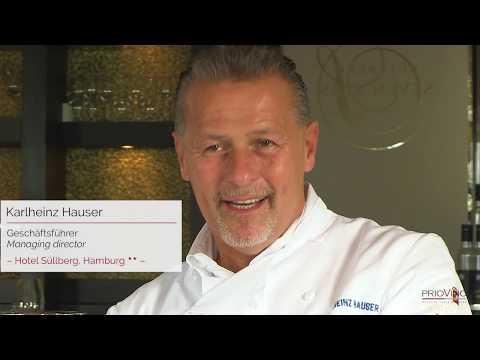 Karlheinz Hauser ist begeistert vom PrioVino Premier als clevere Weiterentwicklung gängiger Weinkühler