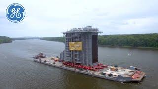 VIDEO: Ship an 8 million pound Generator