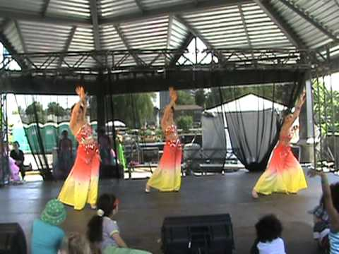 Mississauga-Waterfront-Festival-2011-by-KCPA-Kaleidoscope-Chinese-Performing-Arts-Society-6