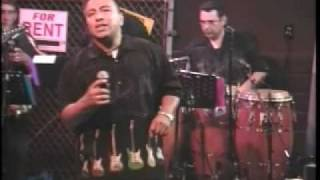 "Suave performing ""Amor Eterno"" on Thee Mr. Duran Show"