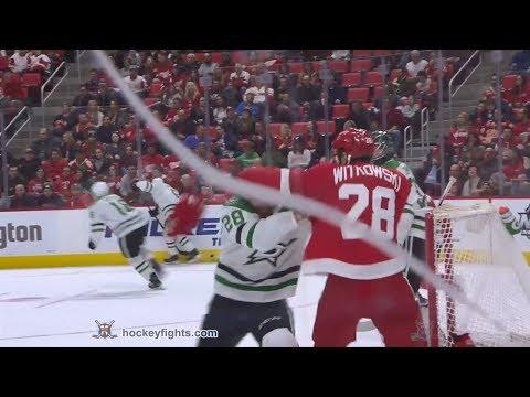 Luke Witkowski vs. Stephen Johns