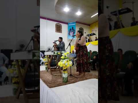 Dupla canção e louvor arrasta multidões em Buriti do Tocantins