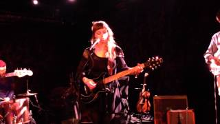 "Angel Olsen ~ ""Lights Out"" @ Le Poisson Rouge, 02/18/14"