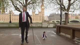 World's tallest man meets world's shortest in London
