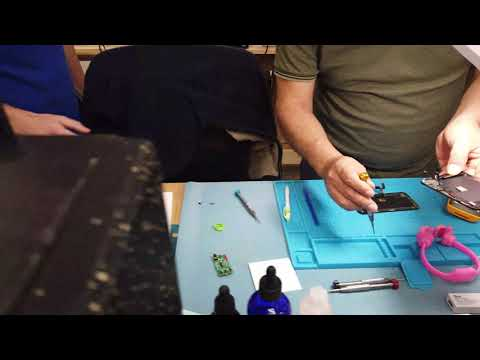 LIVE Cell Phone Repair Training Course, CellBotics Norcross GA ...