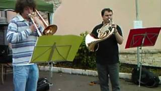 preview picture of video 'Cirvoi - Festa dei Cortivi 2011 - Brass&erie Quintet'