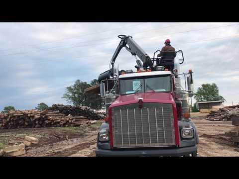 Pipeline Mat Truck