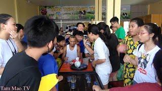 Mang Nút Vàng Xuống Quán Sữa Giao Lưu Với Fan Hâm Mộ