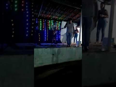 Gean toddy & Dalvo pisadinha ao vivo em alegrete do Piauí 😎💃