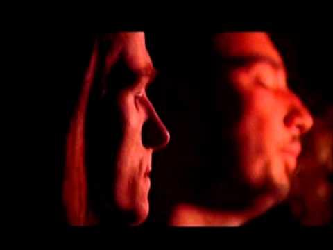 Kremy plam pigmentacyjnych na twarzy Ahromin