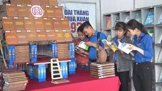 Kon Tum tổ chức triển lãm sách hưởng ứng Ngày sách Việt Nam