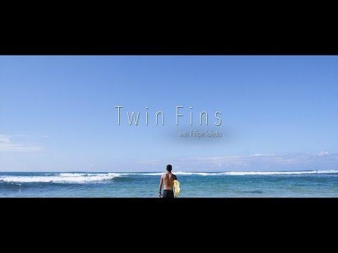 TWIN FINS  –  FILIPE TOLEDO –