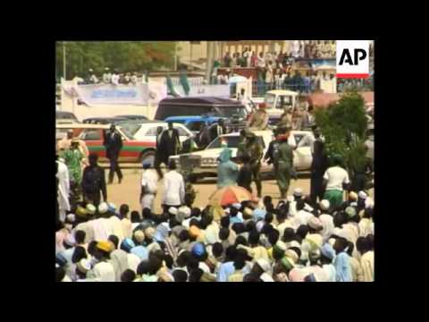 Nigeria - Gaddafi arrives for Moslem New Year