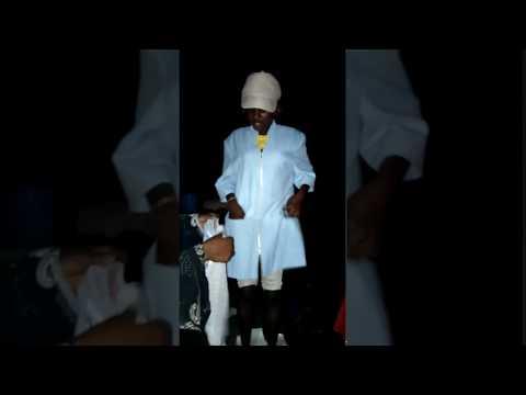 Fake pastor dress Comedy woman worming dressing fumy dancing night
