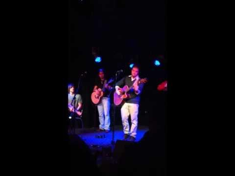 "Brett Jones ""Color to Gray"" live"