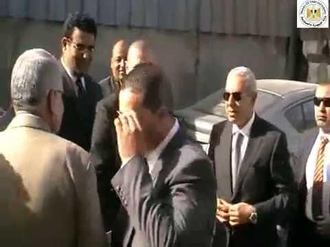 تفقد الوزير/طارق قابيل لأعمال هدم المرحلة الثانية من مدابغ مجرى العيون بمنطقة مصر القديمة