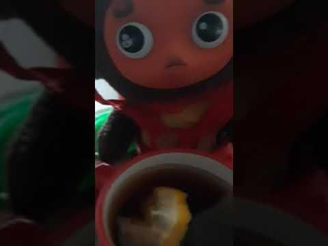 Чебурашка пьёт чай с лимоном, осенний чай, против простуды, витамины