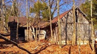 preview picture of video 'Abandoned home by Lake Monroe, near Bloomington Indiana.'