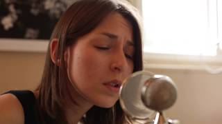 <b>Brooke Annibale</b> Under Streetlights  Yellow Couch Sessions