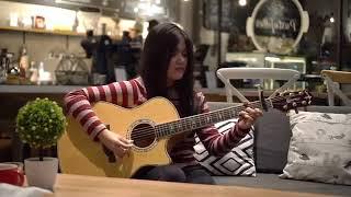 Cewek Cantik Main Gitar MANTAP JIWA