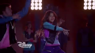Zendaya 'Too Much' (Escena de Zapped - Disney)