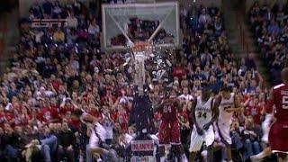 Смотреть онлайн Подборка: игроки НБА ломают баскетбольные кольца