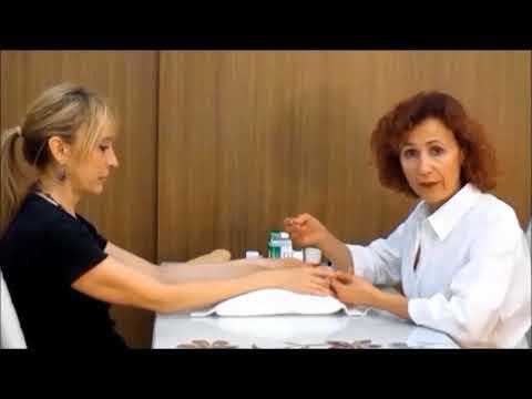Guardando moglie fa il suo video massaggio prostatico marito