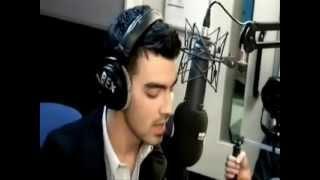 Joe Jonas - The Headline Song {Español}