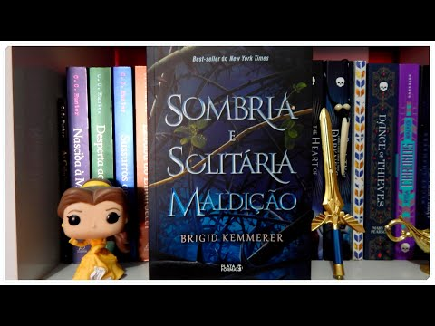 Sombria e Solitária Maldição de Brigid Kemmerer