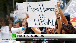 Mexicanos protestan frente a la Embajada de EE.UU. en rechazo a la política migratoria de Trump