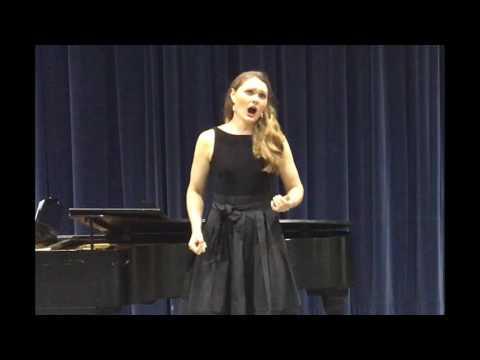 Alexandra singing Wie Du warst from Der Rosenkavalier
