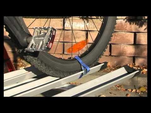 Menabo 927828 LOGIC III Heckträger für 3 Fahrräder