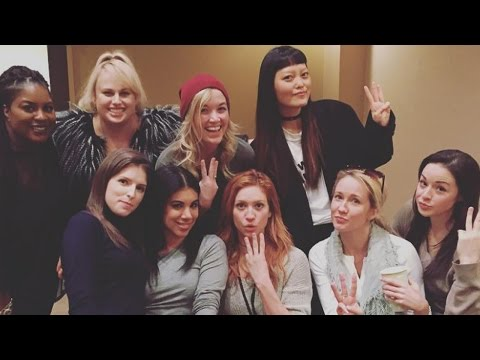 Pitch Perfect Cast REUNITES At First Table Read For 'Pitch Perfect 3'