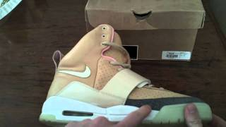 sports shoes e7250 c2bb1 Legit Check Net Net Air Yeezy