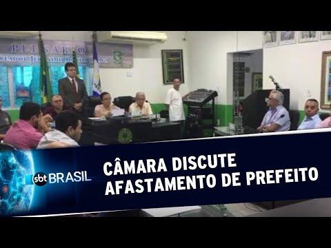 Câmara discute afastamento de prefeito acusado de abusos sexuais