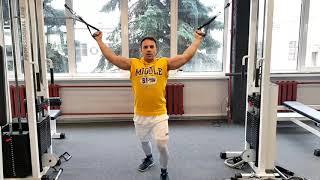 Александр Гвоздь - тренировка бицепса
