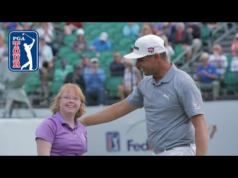 Gary Woodland surprises Amy from Special Olympics Arizona 2019
