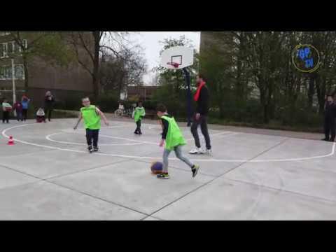 Oplevering Basketbalveld