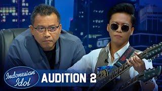 Membawa Double Neck Guitar, Penampilan Lorenzo Bagaikan Bon Jovi - Indonesian Idol 2021