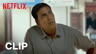 Akshay Kumar Goes To Buy Sanitary Pad | Radhika Apte | Pad Man | Netflix India